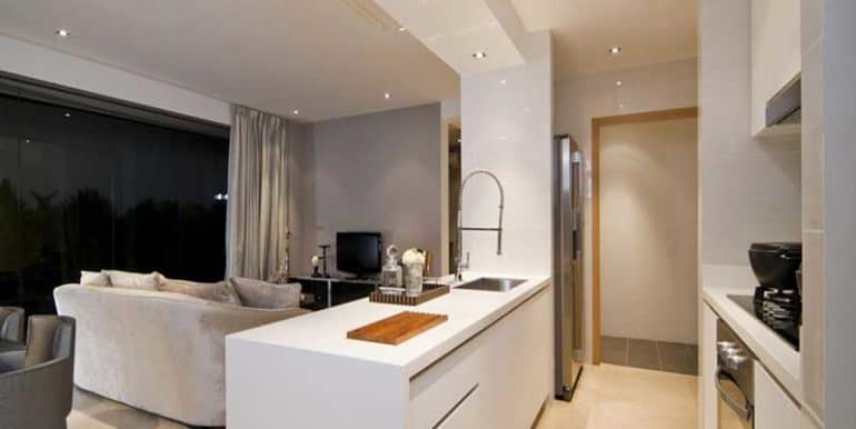 Eight-Riversuites-Kitchen